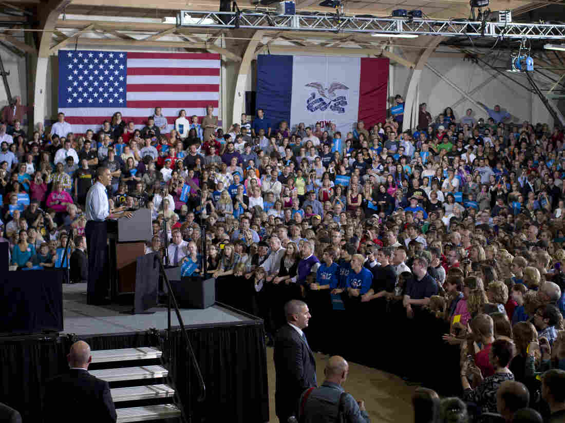 President Obama campaigned at Cornell College in Mount Vernon, Iowa, on Wednesday.