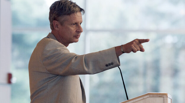 Libertarian Party presidential nominee Gary Johnson addresses students at Macalester College in St.
