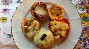 Five savory cupcakes: Chicken potpie, lasagna, grilled cheese, mac n' cheese and the Thanksgiving leftovers.
