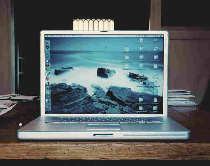 M.W. Laptop 2007