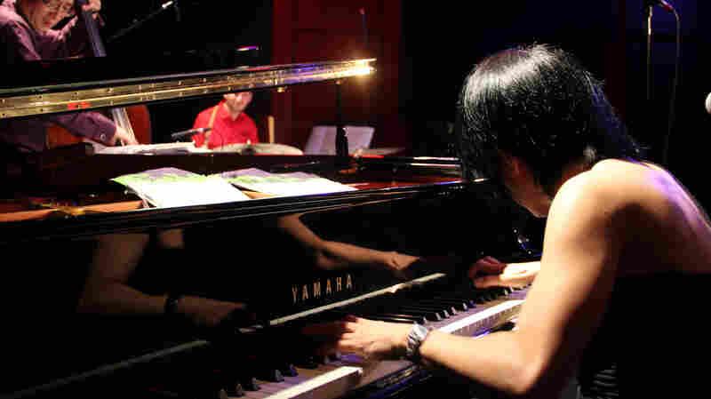 Chihiro Yamanaka Trio: Live In Concert