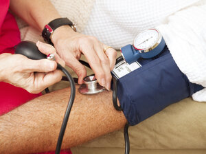 The use of multiple blood pressure medications may be helping some Americans bring their hypertension under control.