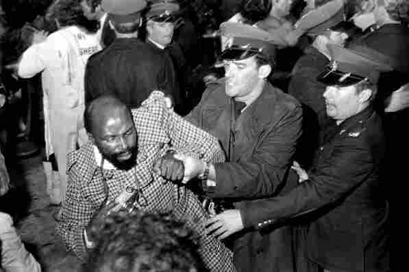 Kumalo was arrested by police at a boxing match between Victor Galindez and Richie Kates at Wembley Stadium in Johannesburg, May 1976.