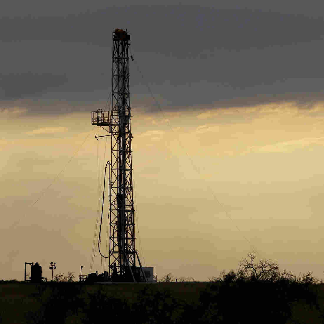 A drilling rig near Kennedy, Texas, on May 9. U.S. oil output is surging so fast that the United States could soon overtake Saudi Arabia as the world's biggest producer.