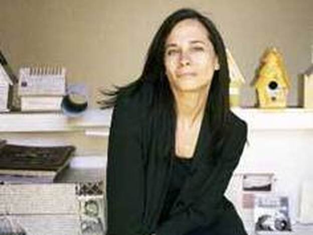 "Jessica Helfand teaches at the Yale University School of Art. She is the founding editor of the online journal <a href=""http://designobserver.com/"">Design Observer</a>."