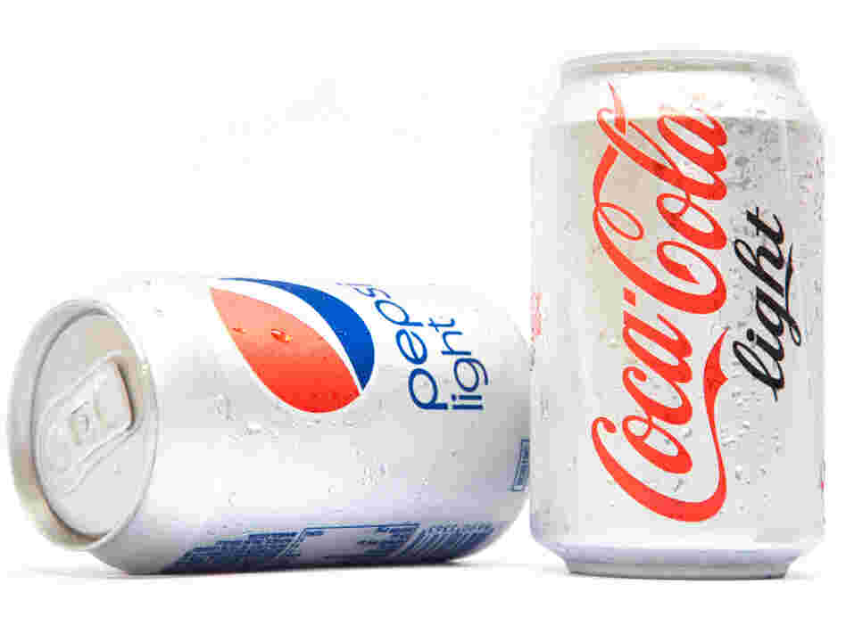 The co-author of a controversial study on diet soda's link to blood cancers says his results fall into a gray zone between a clear relationship and no relationship at all.