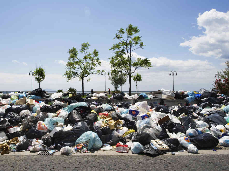 In May 2011, uncollected rubbish piled up in Naples, Italy. Sweden hopes Italy might be willing to export the