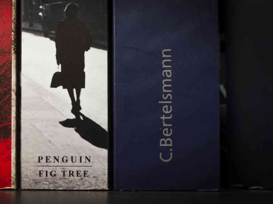 Bertelsmann and Pearson announced Monday that they were merging their book publishing arms, Random House and Penguin. The ne