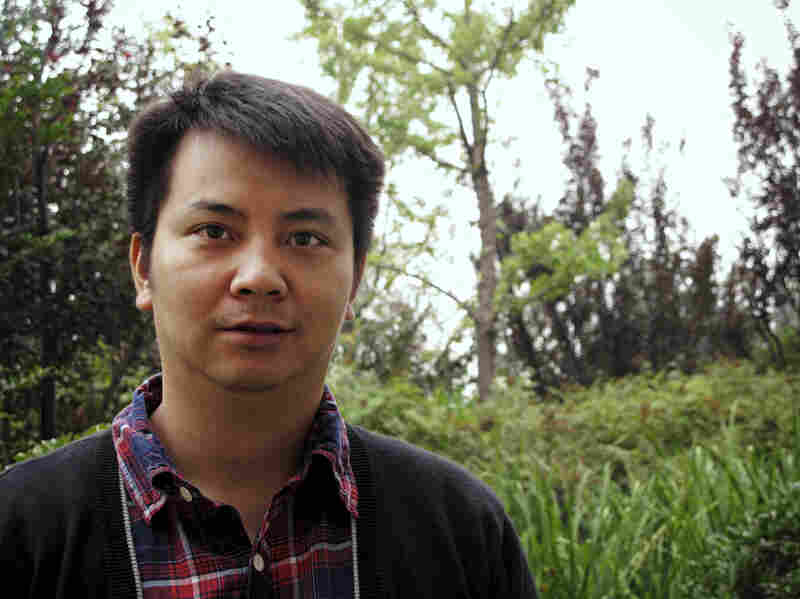 Filmmaker Zhang Zanbo made a documentary showing how local officials go to great lengths to prevent citizens from lodging protests in Beijing. The local officials sometimes pay bribes to have complaints erased from government records.