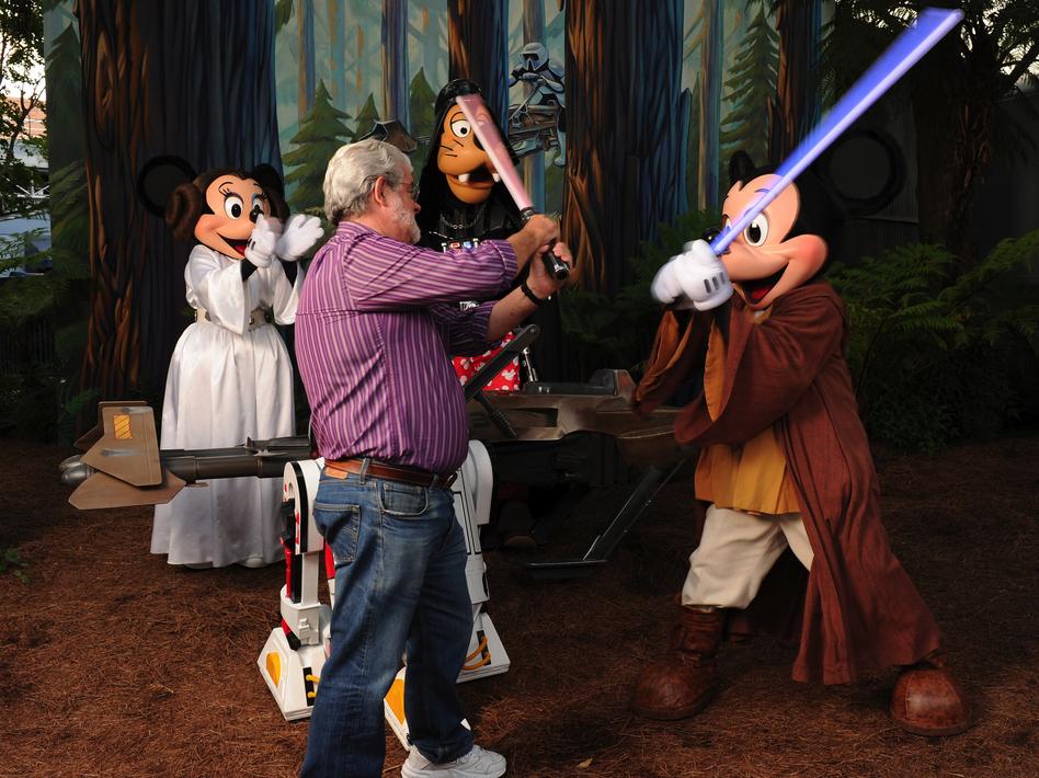 Mickey vs Vader