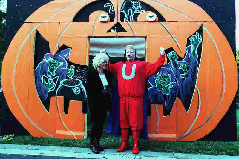 In 1999, the Gores dressed as 1960s cartoon characters Underdog and Polly Purebred — as Al Gore was vying for the Democratic Party nomination for president.