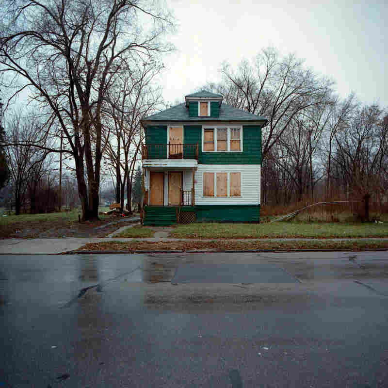 Photos from the 100 Abandoned Houses project