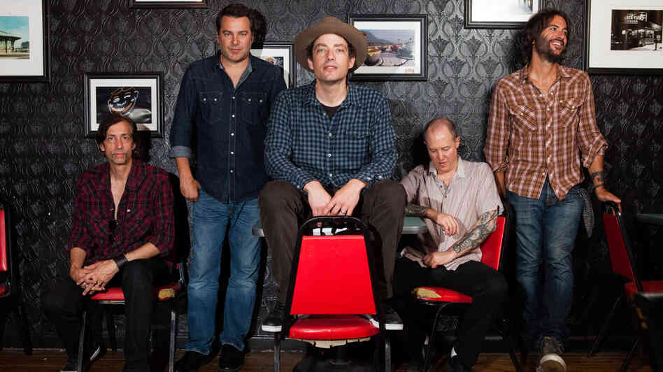 Jakob Dylan and his Wallflowers sat down with David Dye on World