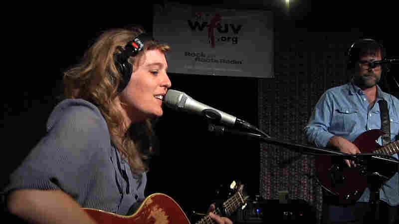 Tift Merritt: Reflecting On Little Luxuries