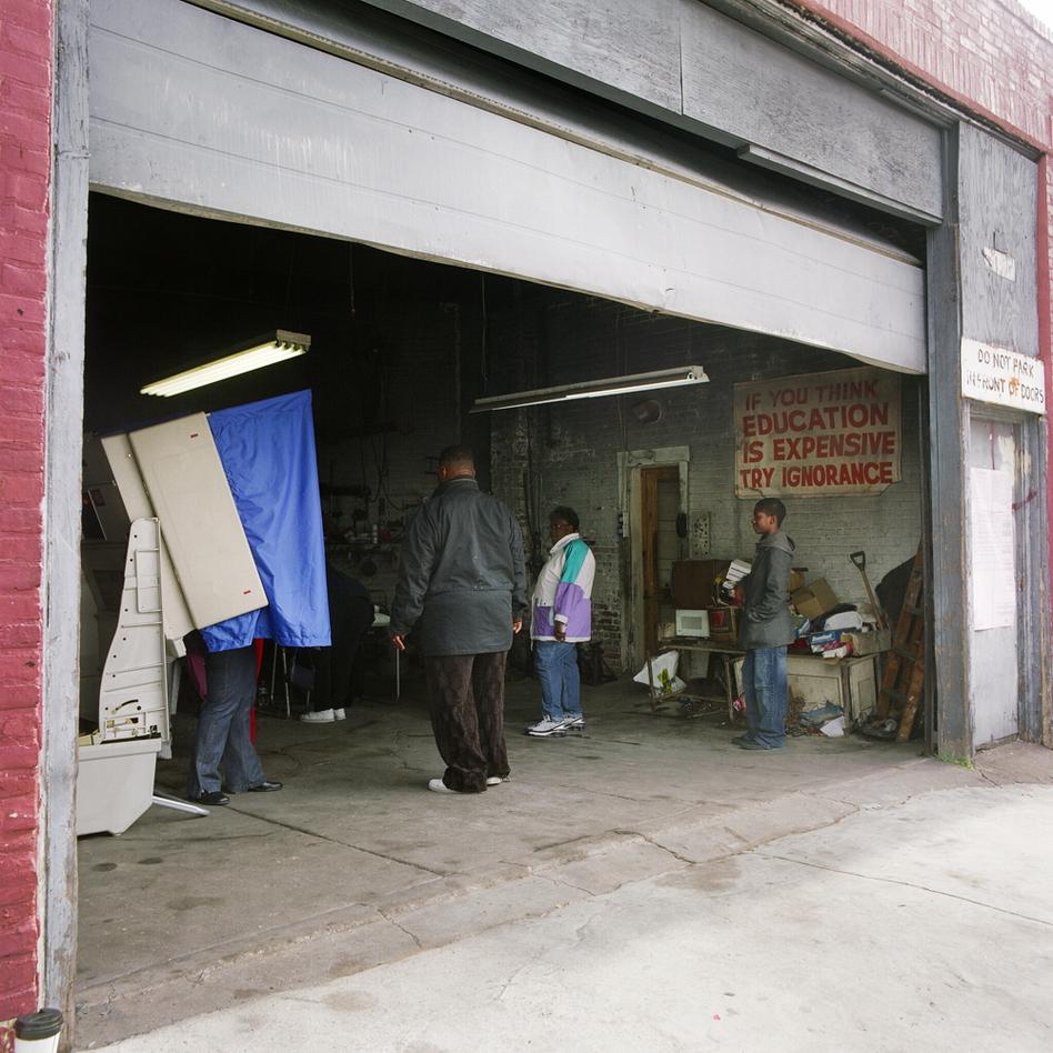 Auto repair shop, Philadelphia, Nov. 4, 2008 (Courtesy of Ryan Donnell)
