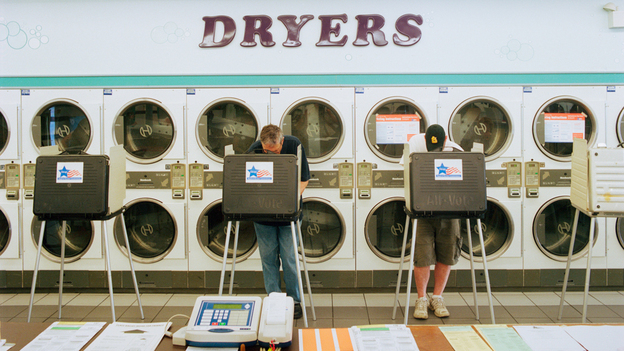 Laundromat, Chicago, March 20, 2012 (Courtesy of Ryan Donnell)
