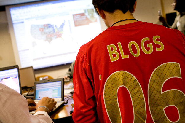 Bloggers working from NPR HQ in Washington, D.C., on election night, 2008.