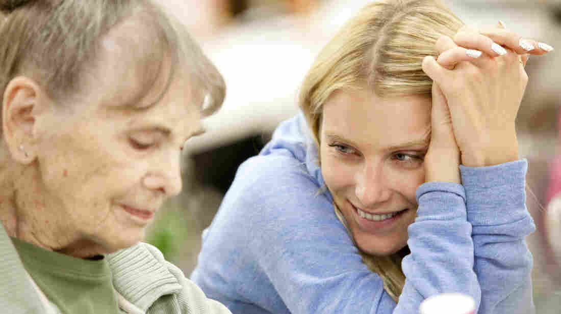 A young woman named Jane (Dree Hemingway) forms a friendship with an elderly woman (Besedka Johnson) after finding $10,000 at a yard sale.