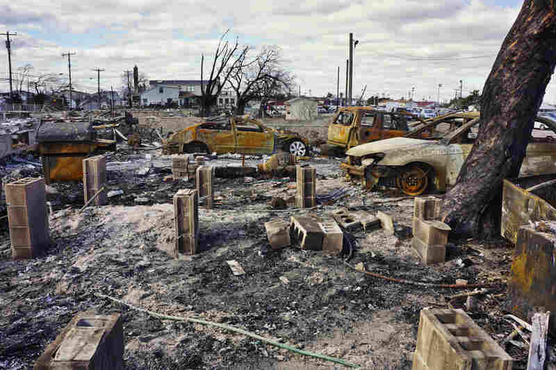 No deaths were reported in the Breezy Point fire. Everyone in the community has been evacuated.