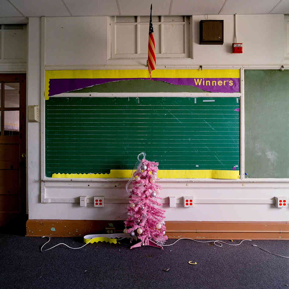 An empty classroom at Julia C. Frazier Elementary School in Dallas. The Dallas Independent School District closed 11 school buildings this year.