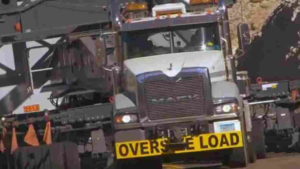 A screen image from a Mack Trucks video about one of the earlier hauls.
