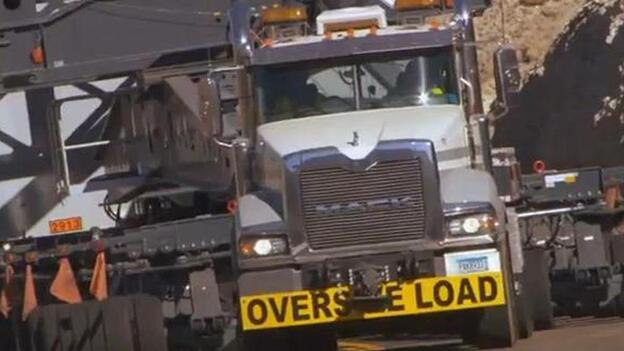 A screen image from a Mack Trucks video about one of the earlier hauls. (http://www.youtube.com/watch?v=M1TBWJw4q50&feature=plcp)