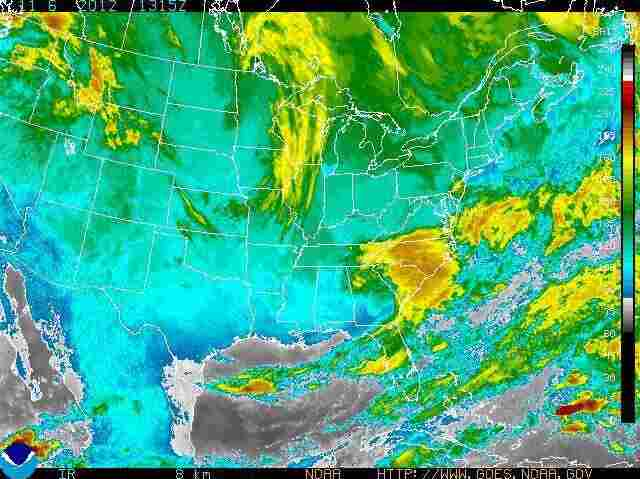 A satellite  image of the clouds and storms over the United States.
