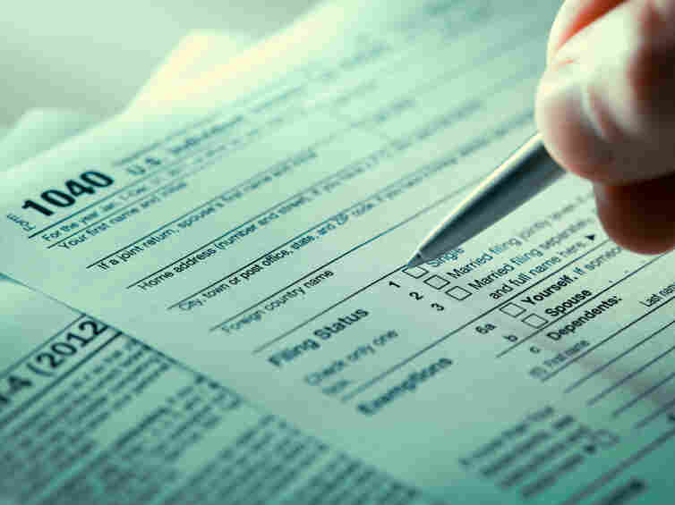 If Congress fails to address the alternative minimum tax, millions of households could see their federal 2012 tax bills jump.