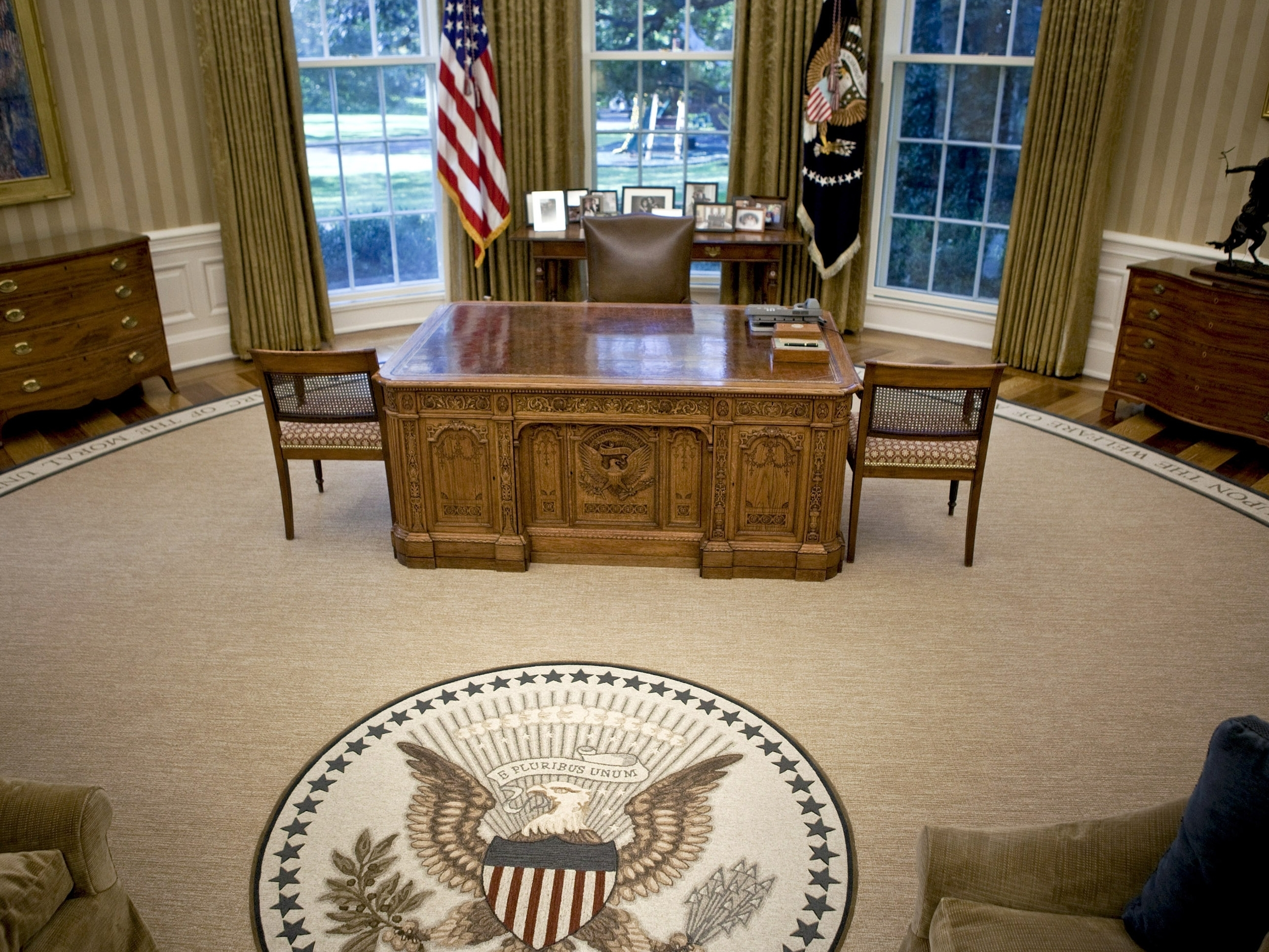 Oval Office Obama Oval-office-8121dee0cdcc