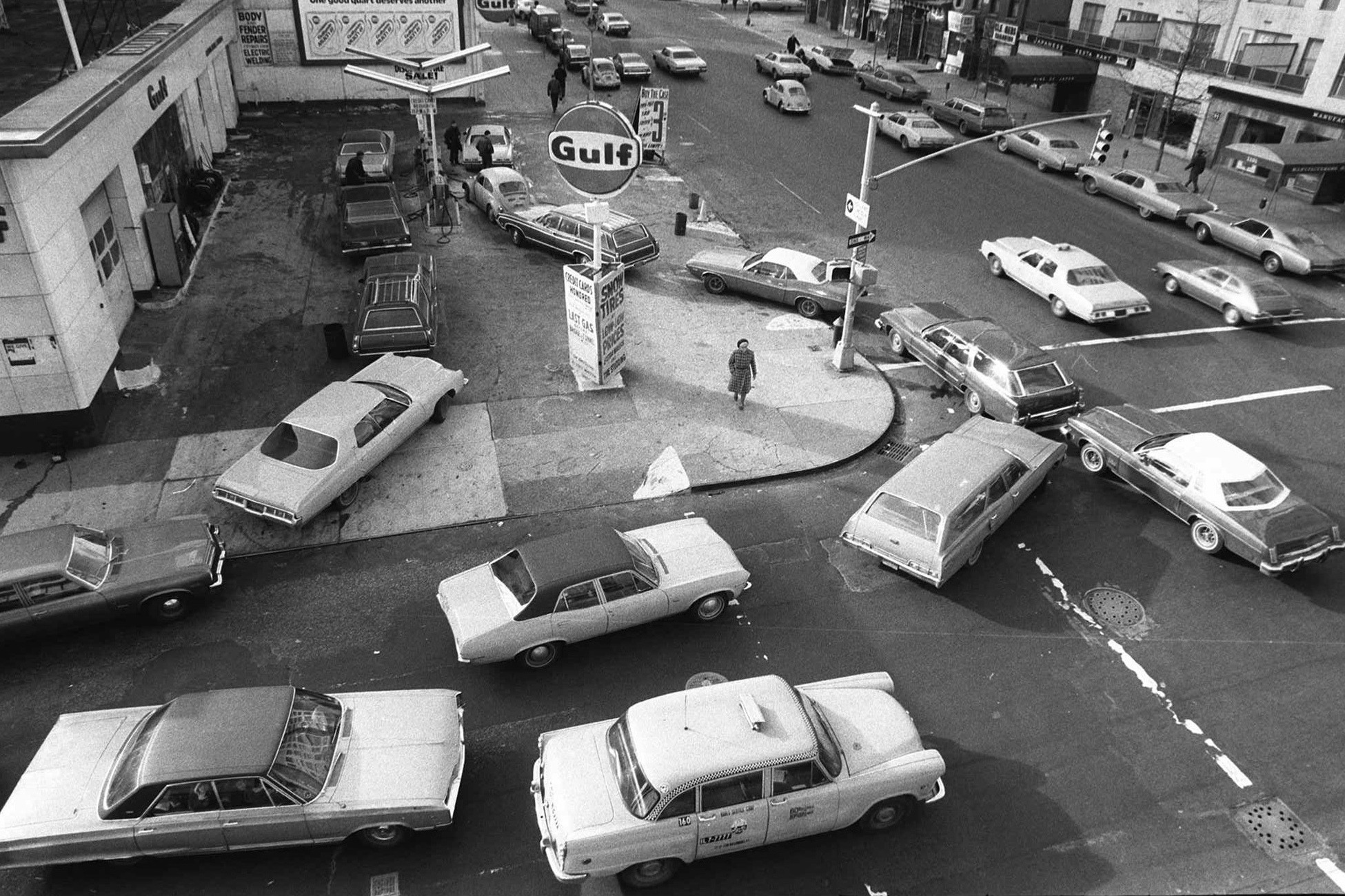Gas Lines Evoke Memories Of Oil Crises In The 1970s : The Picture Show : NPR