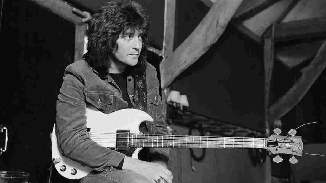 Bob Daisley recording Ozzy Osbourne's Blizzard of Ozz in 1980.