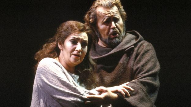 Soprano Maria Slatinaru and bass Paul Plishka perform in a 1986 production of Verdi's La Forza del Destino at the San Francisco Opera. (Redferns)
