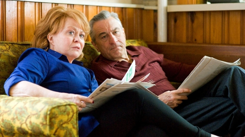 After spending time in a institution, Pat moves in with his parents (Jacki Weaver and Robert De Niro) while he tries to repair his relationship with his wife. (The Weinstein Co.)