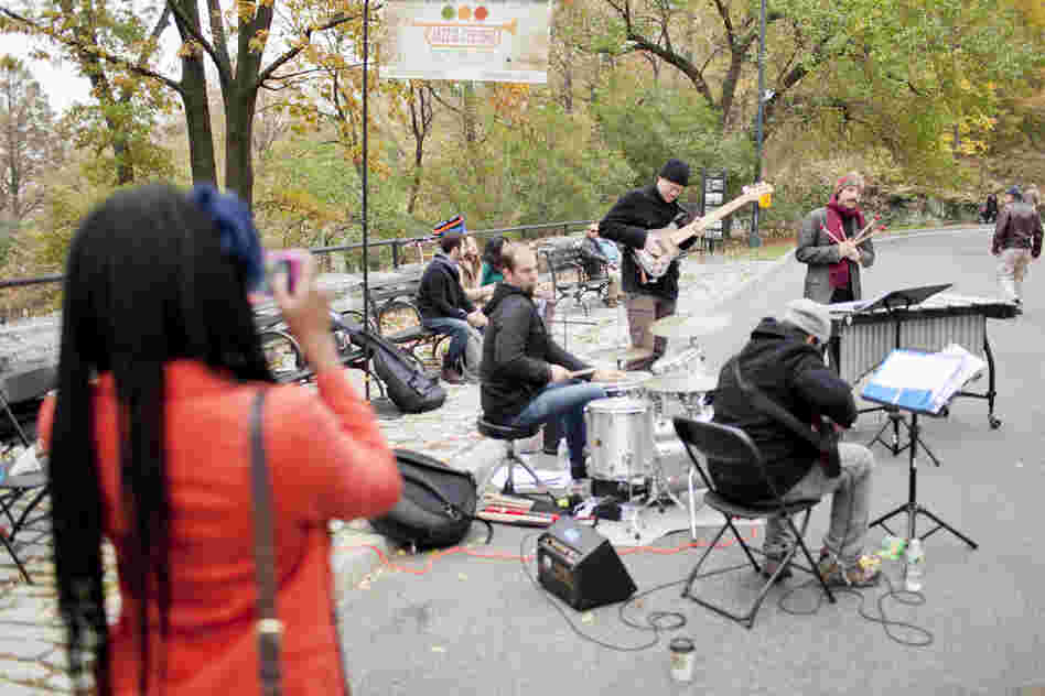 The 110th and Central Park West gate saw a crowd assemble around vibraphonist Chris Dingman's quartet.