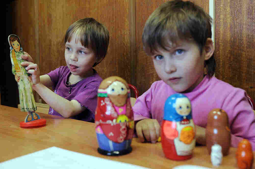 Russian Children Orphanage Russia, U.S. Seek To R...