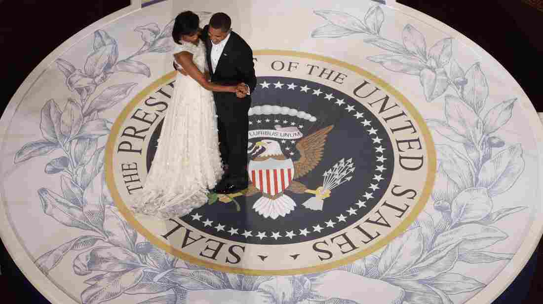 President Obama dances with first lady Michelle Ob