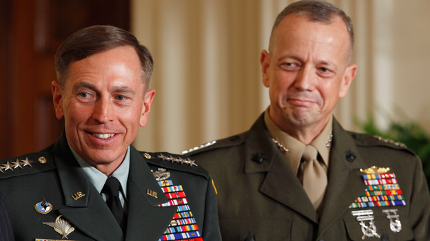 Then-Army Gen. David Petraeus (left) and Marine Corps Gen. John Allen in August, 2011. (Getty Images)