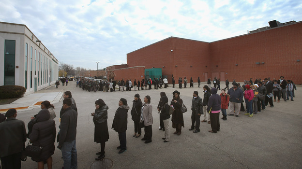 The line was long last week at a job fair in Chicago. (Getty Images)