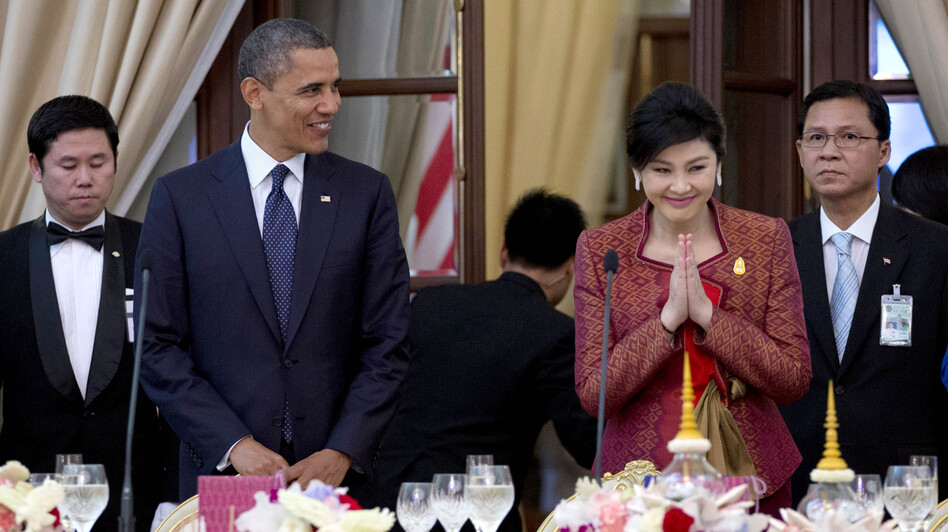 President Obama and Thai Prime Minister Yingluck Shinawatra (second from right) arrived for an official dinner Sunday at Government House in Bangkok, Thailand. (AP)