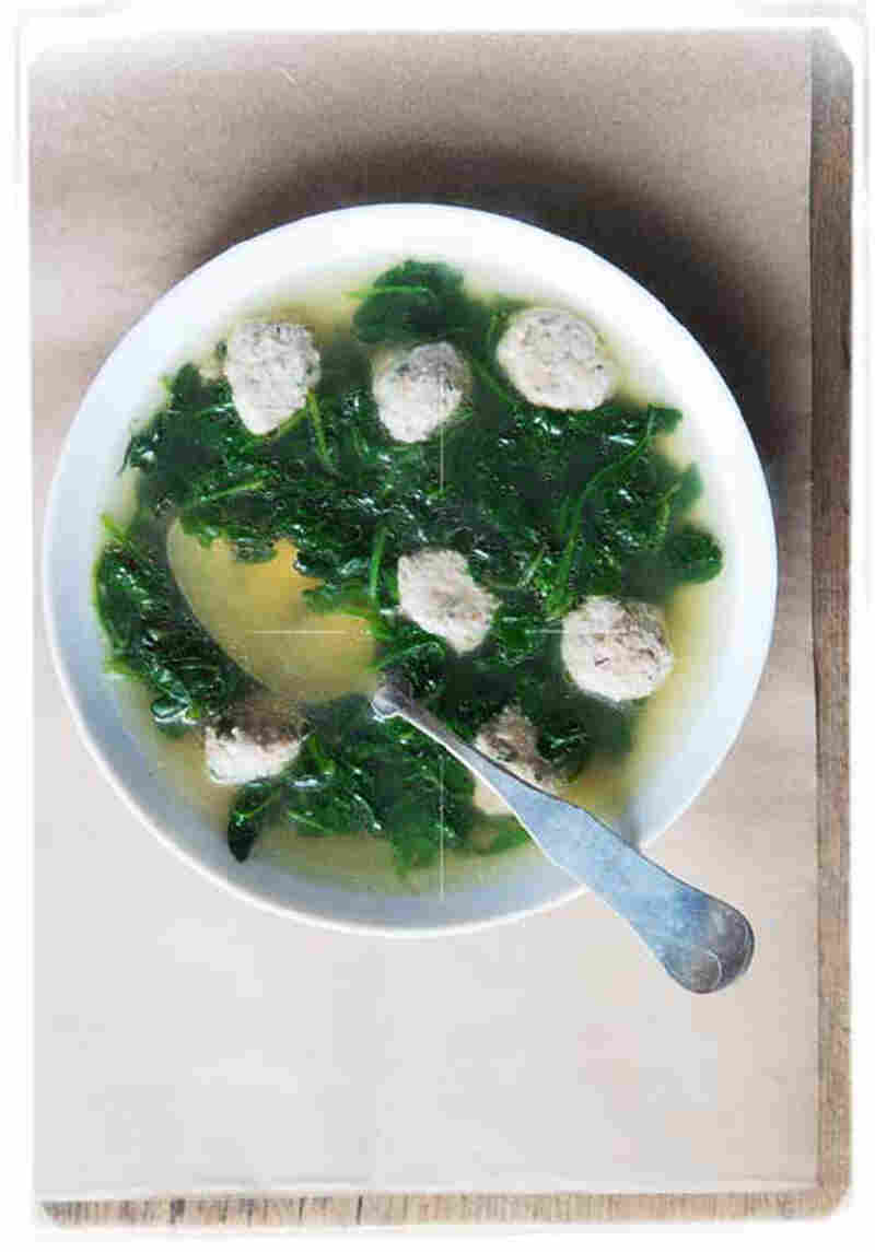Chicken Broth With Spinach & Little Meatballs