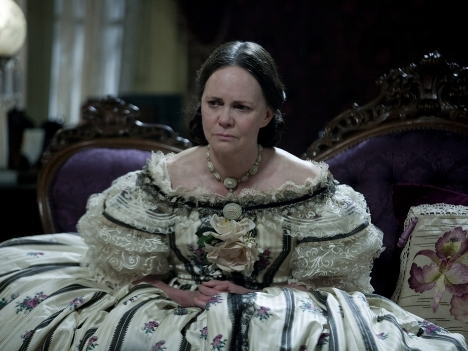 To prepare for her role in <em>Lincoln, </em>Sally Field traveled and researched Mary Todd Lincoln, and even put on 25 pounds. (DreamWorks)