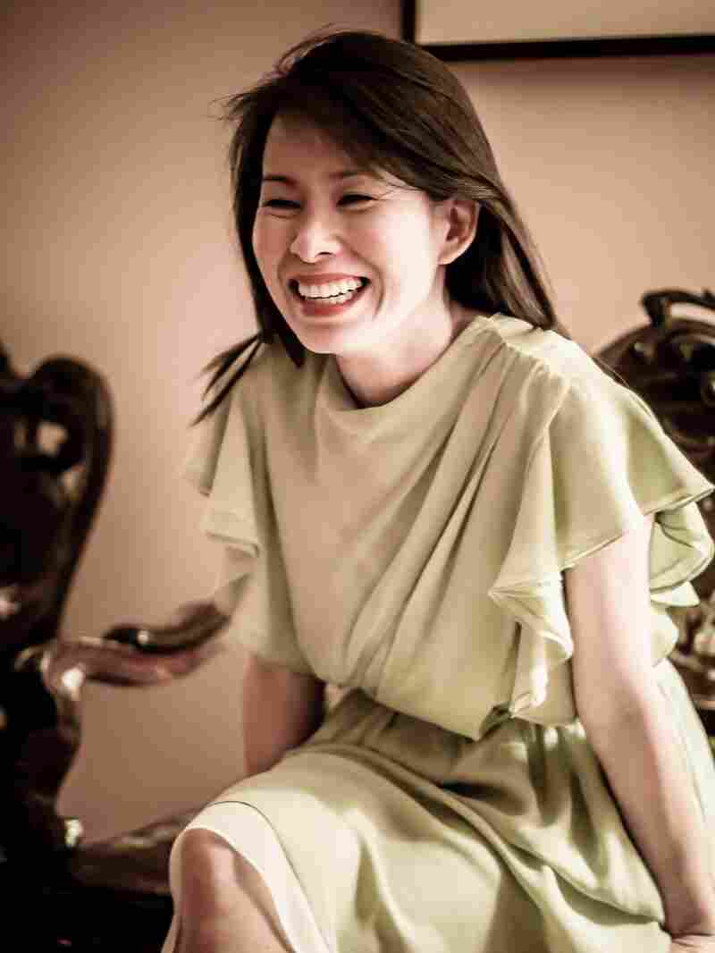 Kim Thuy is a Canadian writer. Ru is her first novel.