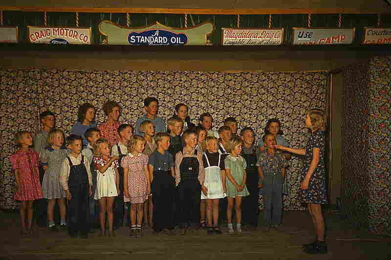 Schoolchildren singing, Pie Town, N.M., 1940
