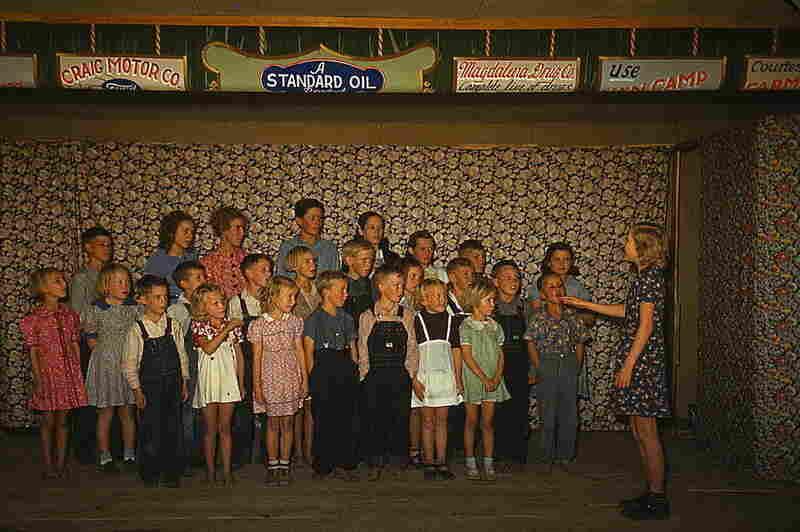 Schoolchildren singing, Pie Town, N.M., 1940