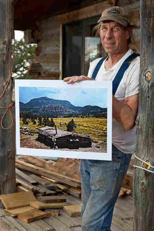 Stanley King, a cabin builder
