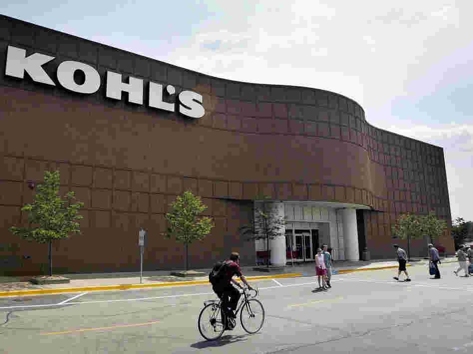 "The no-questions-asked return policy of the Kohl's department store chain helped it win a spot on the ""Naughty and Nice"" list compiled by Consumer Reports."