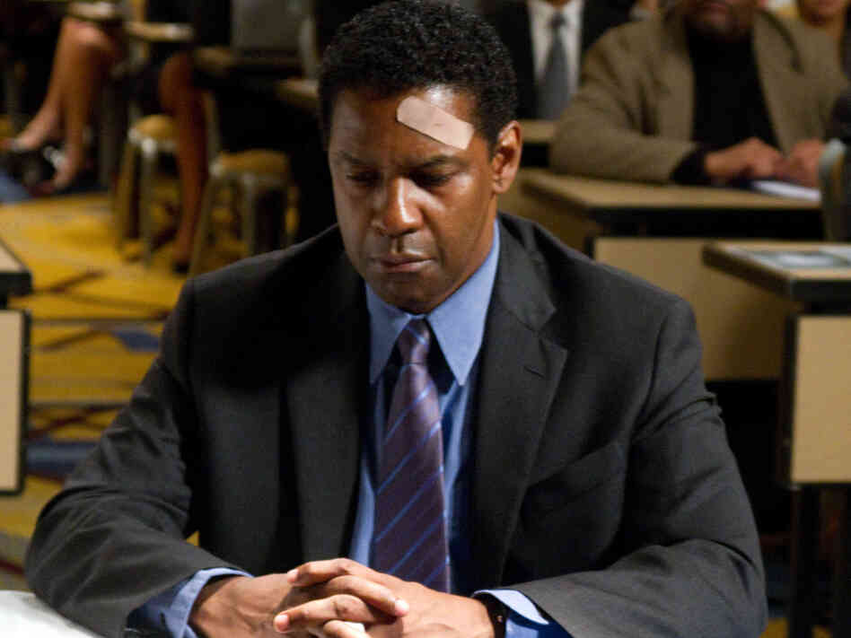 Denzel Washington plays Whip Whitaker in Flight.