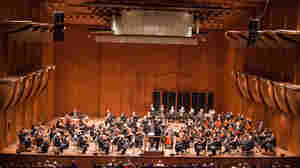 The New York Philharmonic performing at the current incarnation of Avery Fisher Hall in January 2011.