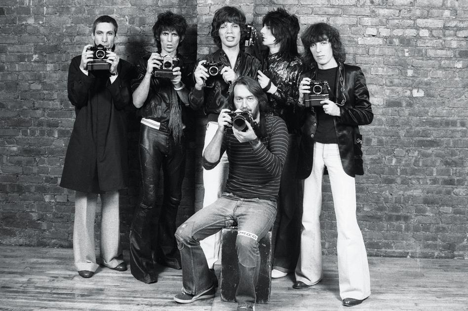 Photographer Ken Regan with the Rolling Stones, 1977