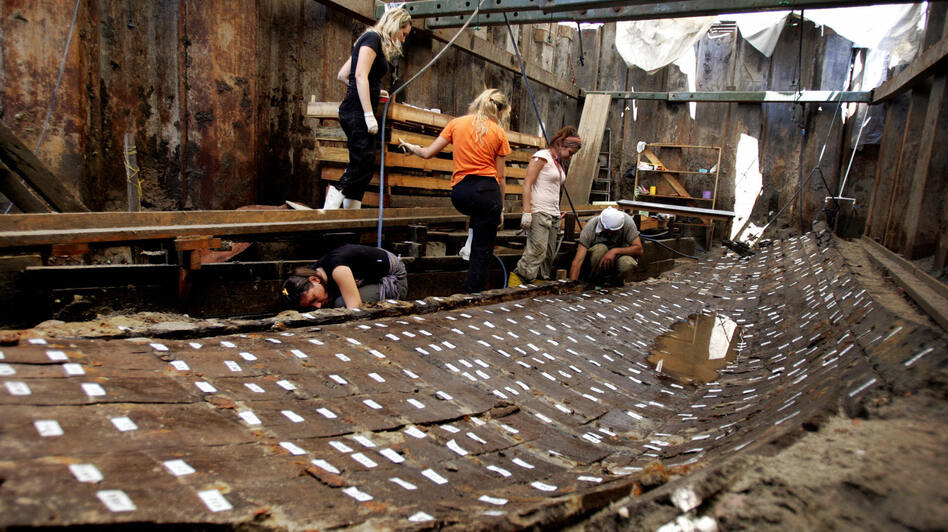 Archaeologists in Istanbul work on the remnants of a Byzantine-era ship in June 2006. (AFP/Getty Images)